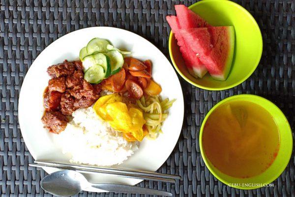 フィリピン留学学校の昼食
