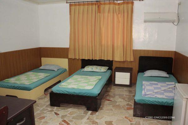学校寮3人部屋B